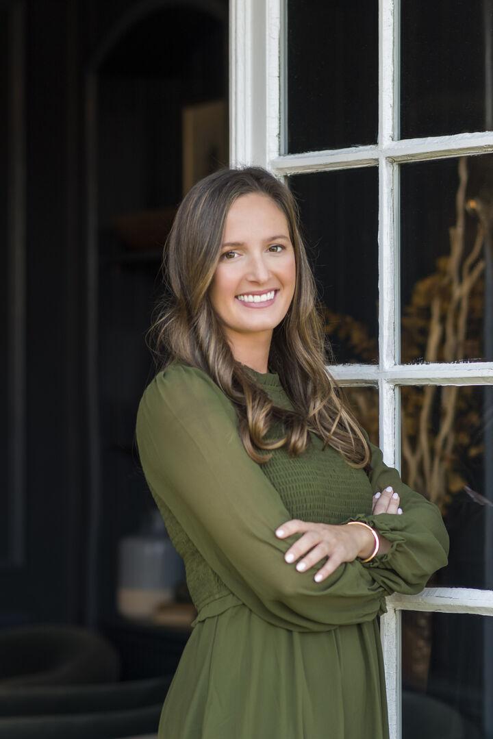 Allie Readyhough Shore, Broker Associate in Narragansett, Mott & Chace Sotheby's International Realty