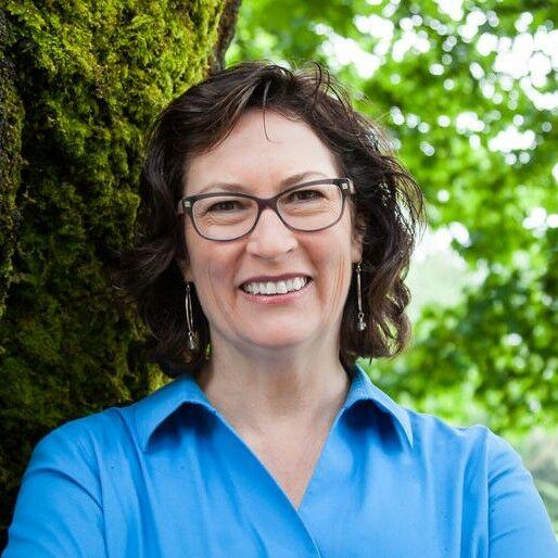 Susan Loop, Broker Licensed in OR & WA in Portland, Windermere