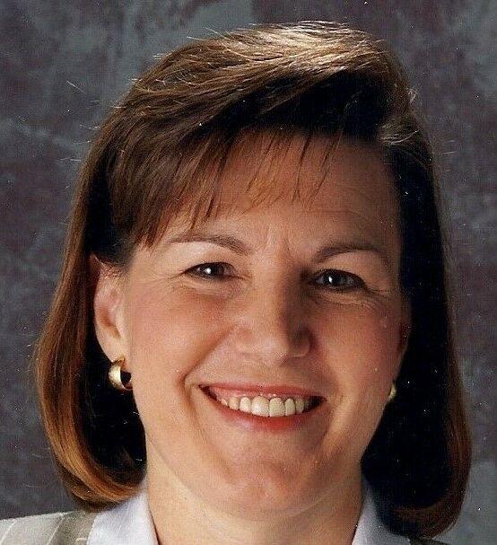 Dee Riley, BROKER in Ashland, Windermere