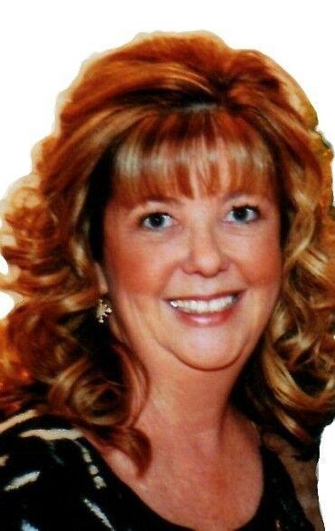 Debbie Phelps, REALTOR Associate in Riverside, Windermere