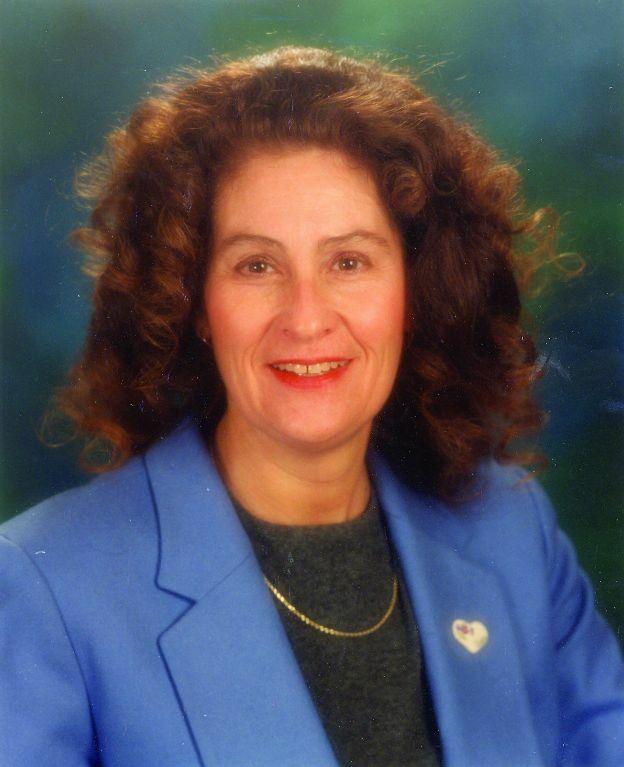 Vickie Ellett, Principal Broker in The Dalles, Windermere