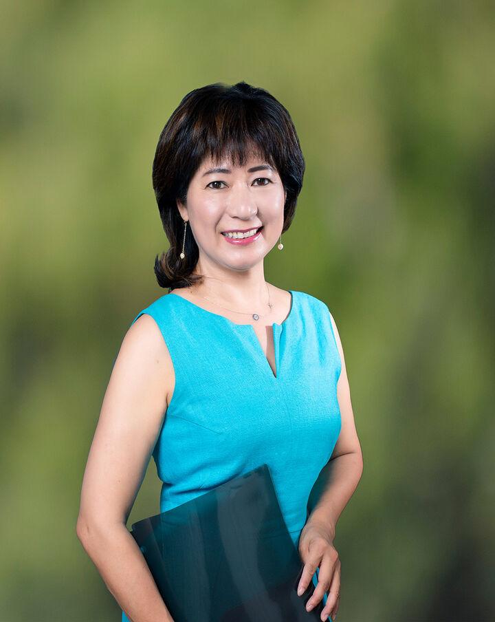 Vivian Wang, REALTOR® in Los Altos, Sereno