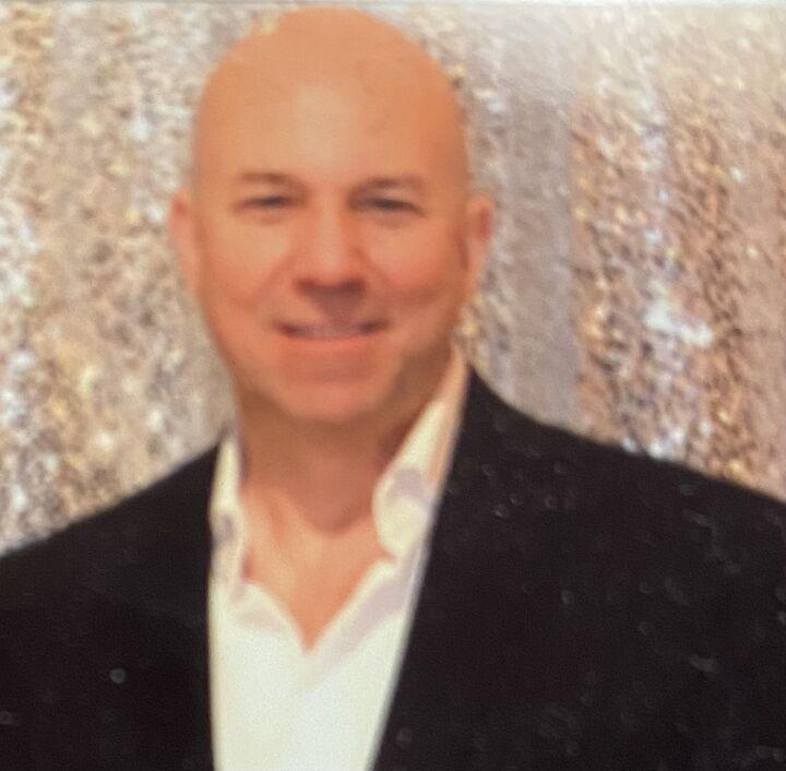 James Robitaille, Salesperson in Henderson, Windermere