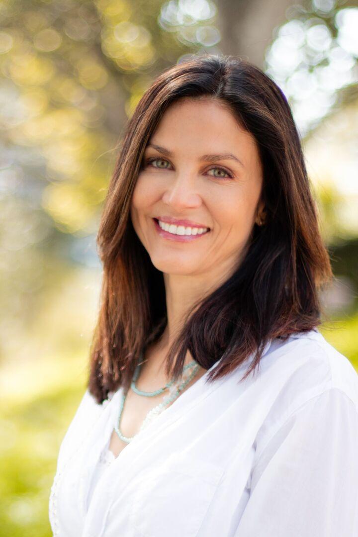 Karen Corsino, Realtor in Aptos, Sereno Group