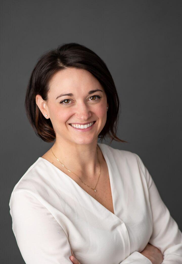 Laura Melville, NYS LICENSED REAL ESTATE SALESPERSON - #10401247784 in  Vestal , Warren Real Estate