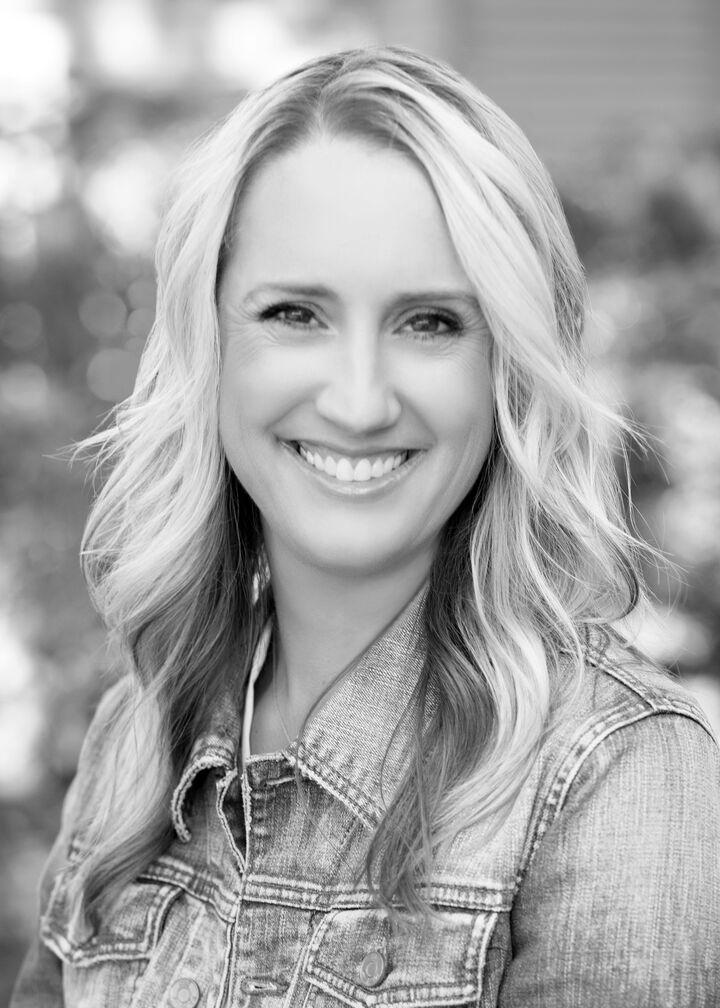 Jennifer Noble, Principal Broker - Licensed in Oregon in Lake Oswego, Windermere