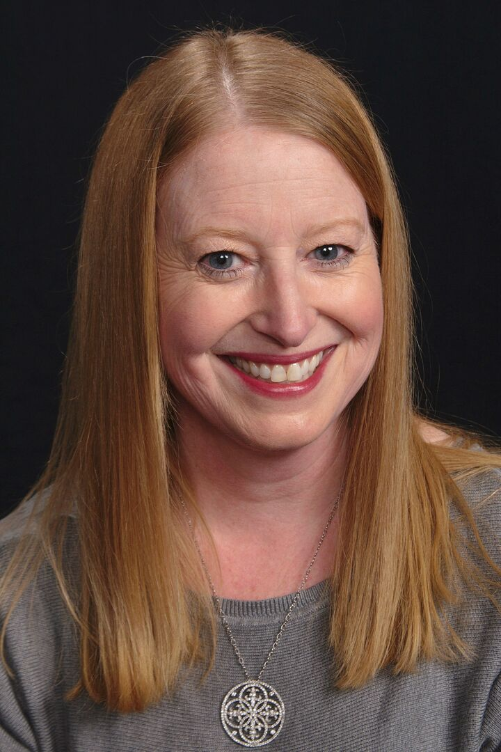 Karen Donnellan, Regional Manager in Narragansett, Mott & Chace Sotheby's International Realty