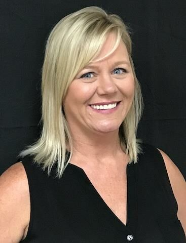 Joella Hedge, Sales Associate in Greenfield, BHHS Indiana Realty