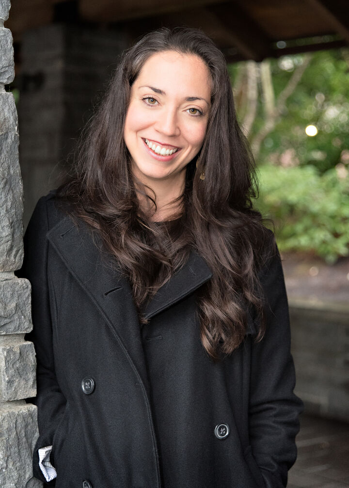 Hana Jensen, Broker   Licensed in Oregon in Portland, Windermere