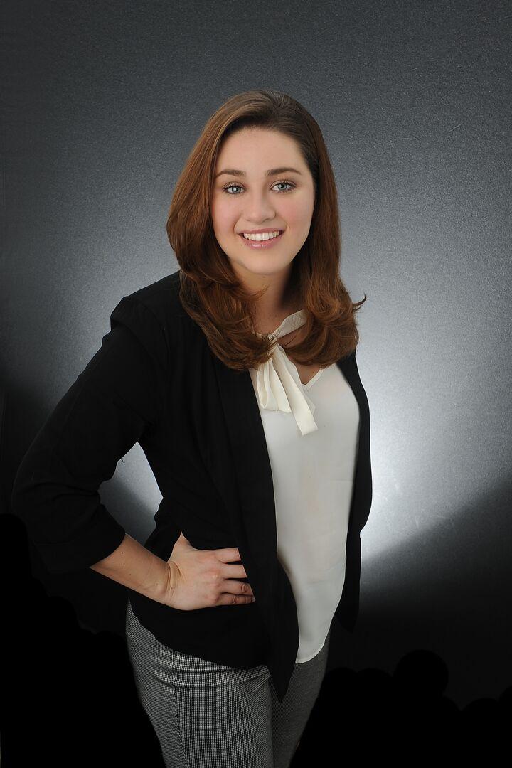 Selina Ochoa, REALTOR® & Executive Administrator for Windermere Recruiting & Desert Operations in Palm Desert, Windermere