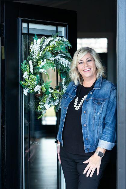 Lisa Wenger, REALTOR® in Harrisonburg, Kline May Realty