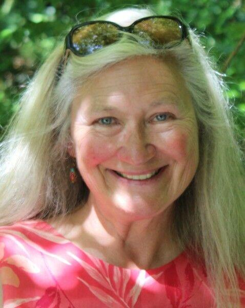 Vicki Basham, REALTOR®, Broker Associate in Aptos, Sereno Group