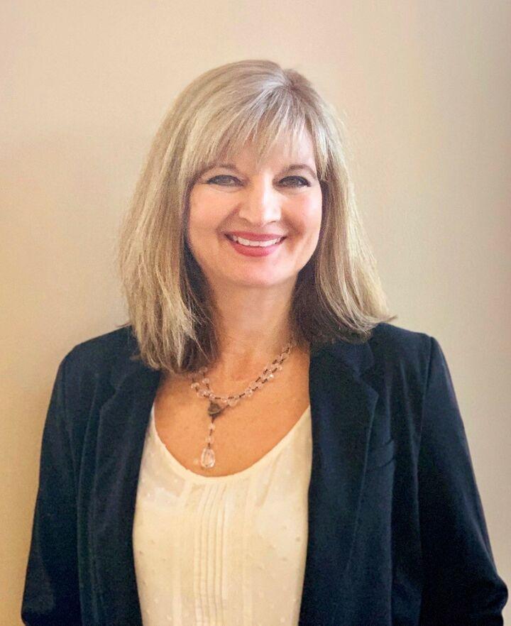 Theresa Peyralans, Broker, Licensed in Oregon in Portland, Windermere