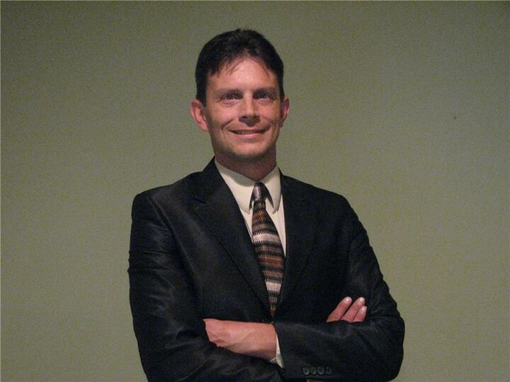 Brian Lloyd, Associate Broker in Bloomington, BHHS Indiana Realty